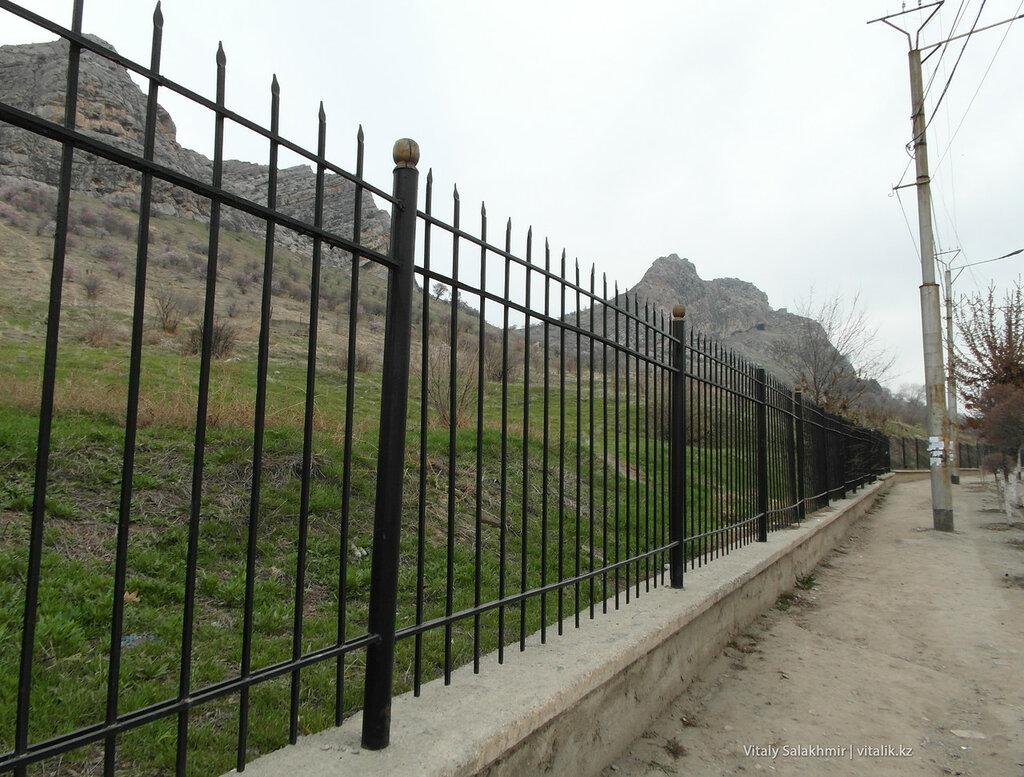 Забор Сулайман-Тоо