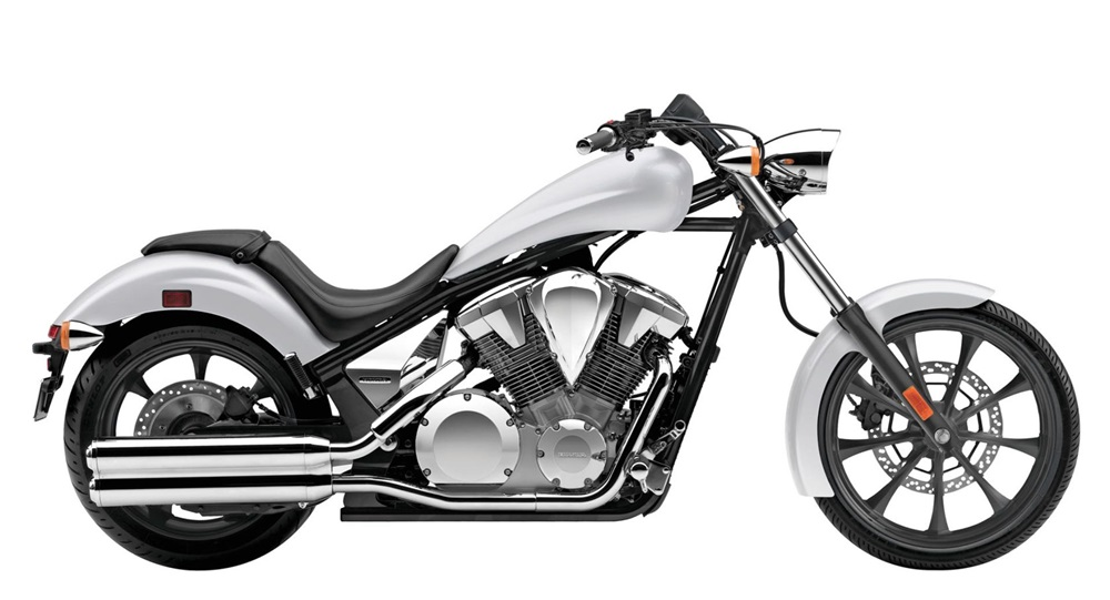 Отзыв мотоциклов Honda VT1300CX Fury 2010/2016-2017 из-за риска протечки топлива