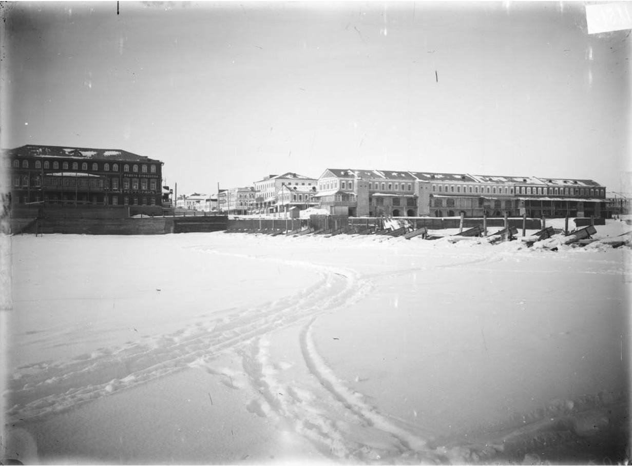 Нижегородская ярмарка. Общий вид ярмарки с реки Оки