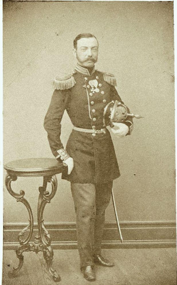 Фото полковника пехотных полков Русской Императорской армии. Неизвестная мастерская, 1860-е