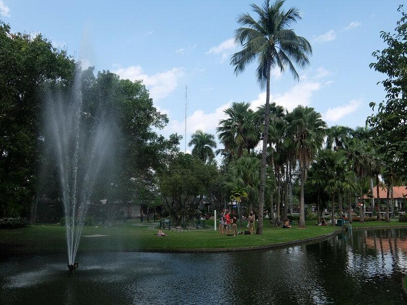 Чиангмай - Фонтан в парке