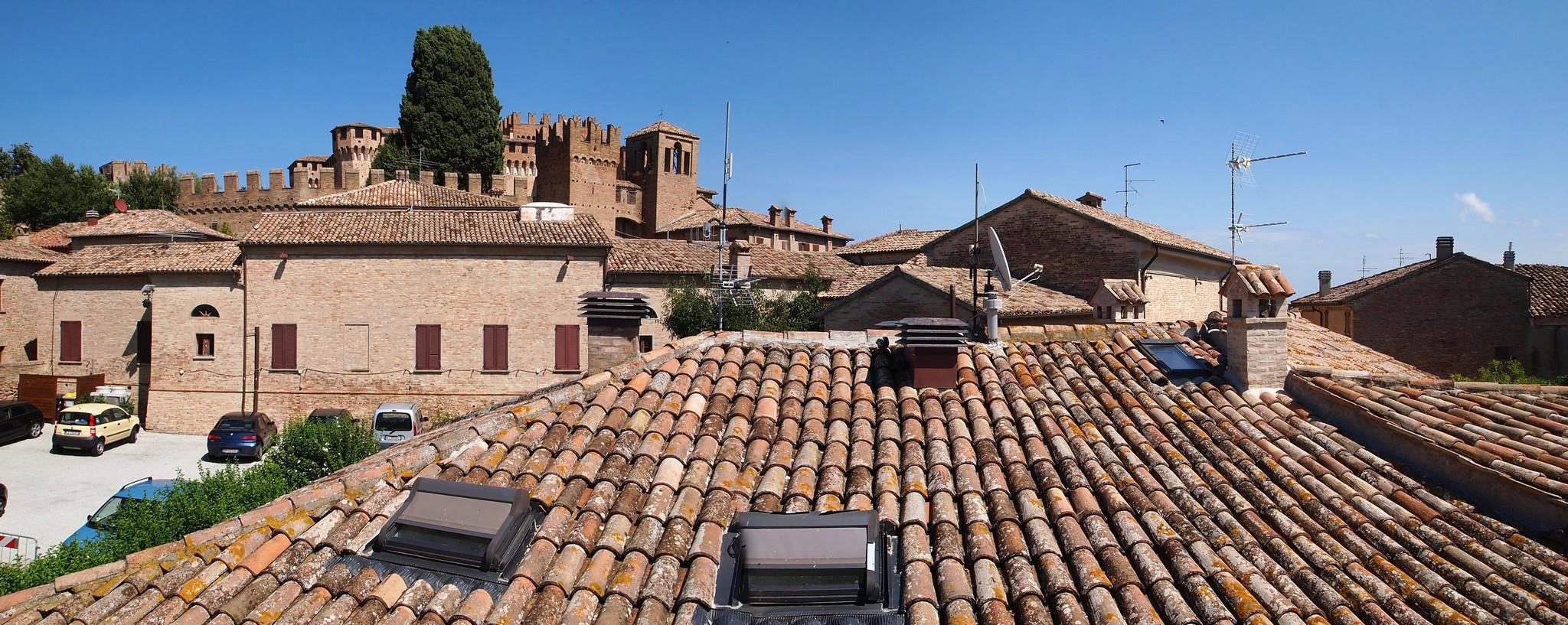 P9018977 Panorama.jpg
