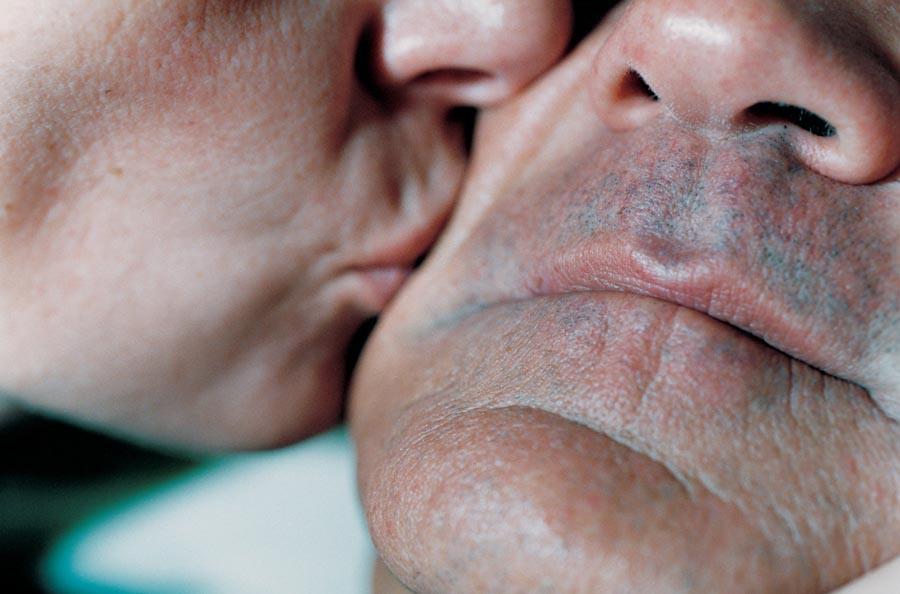 Интимные моменты на снимках Элинор Каруччи