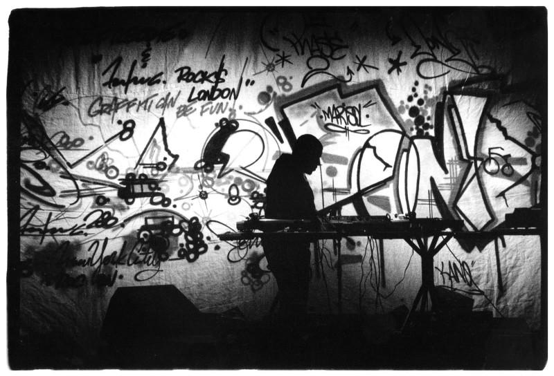 Выступление DJ Afrika Bambaataa, Лондон, 1982 год.
