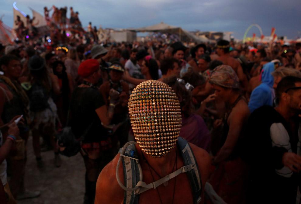 В этом году в пустыню Блэк-Рок приехали больше 75 тысяч человек. (Фото Jim Urquhart | Reuters