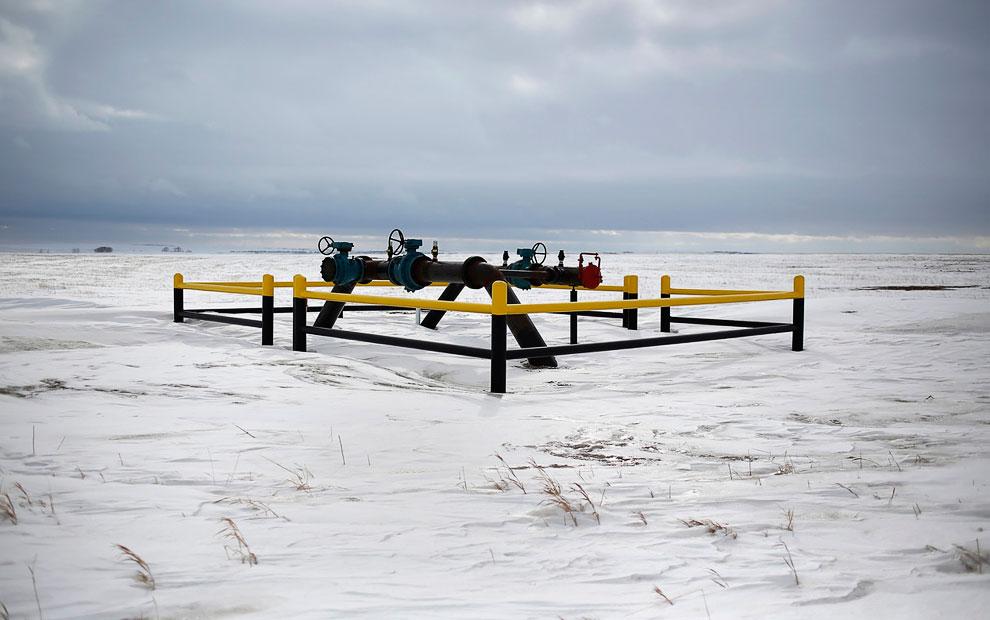 Пейзажи Северной Дакоты и газовые факелы, 12 марта 2013. (Фото Shannon Stapleton | Reuters):