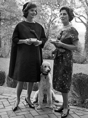 Мать Жаклин Кеннеди была против пышной свадьбы   Жаклин вспоминала, как незадолго