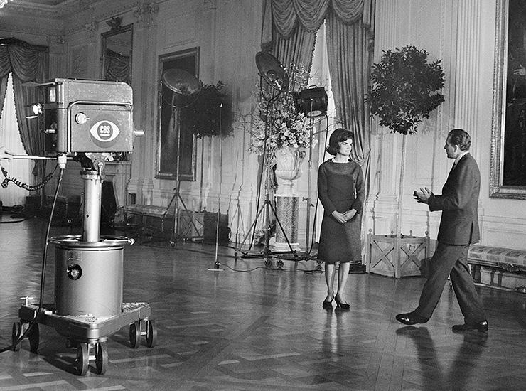 Жаклин Кеннеди — обладательница «Эмми»   Когда Джон Кеннеди стал президентом США