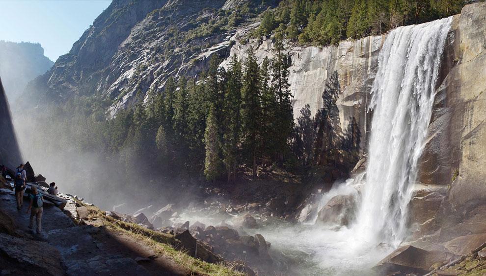 Знаменитый водопад «Лошадиный хвост». Сам по себе водопад особо ничем не примечателен, но на