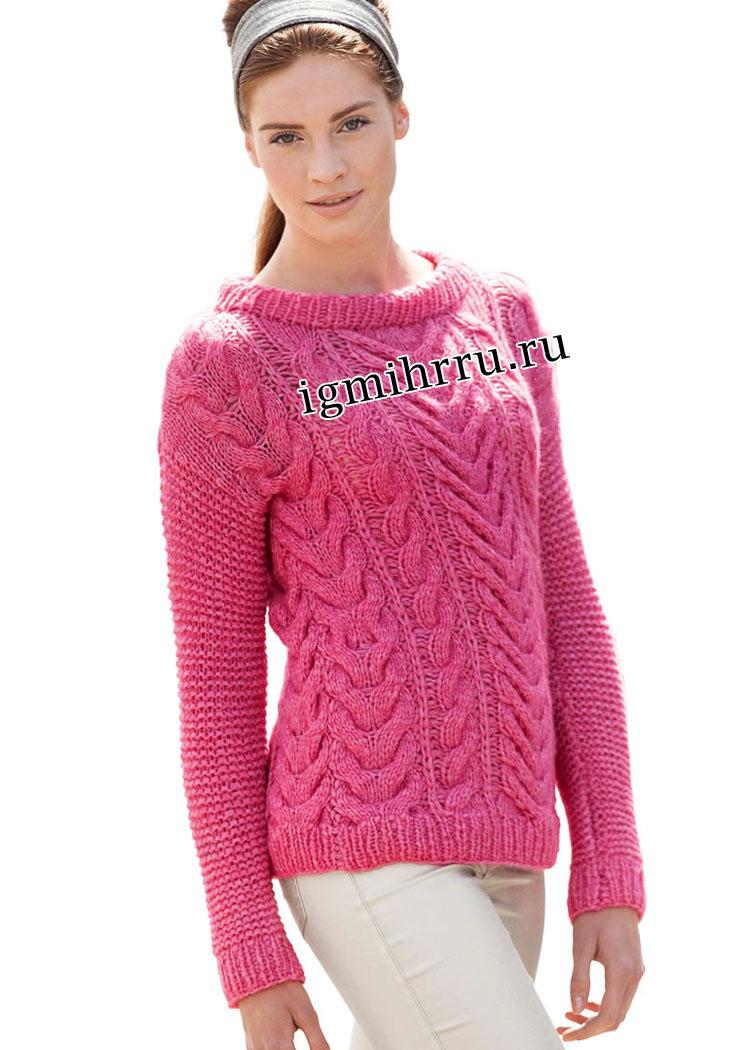 Ярко-розовый теплый пуловер с косами. Вязание спицами