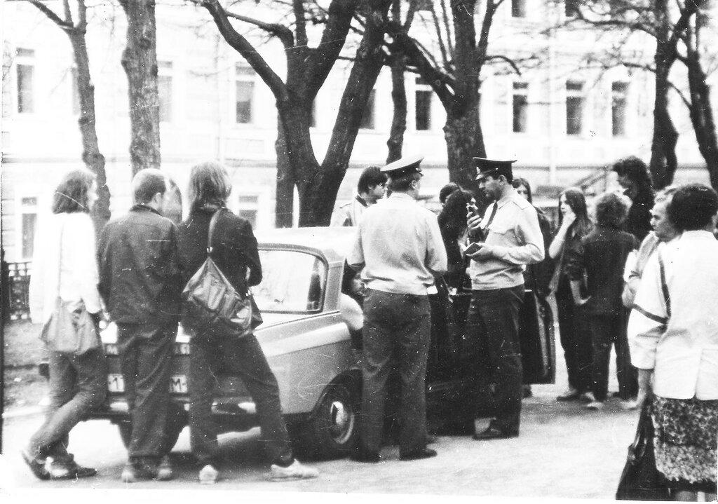 1980 из архива Вячеслава Капорина 2.jpg