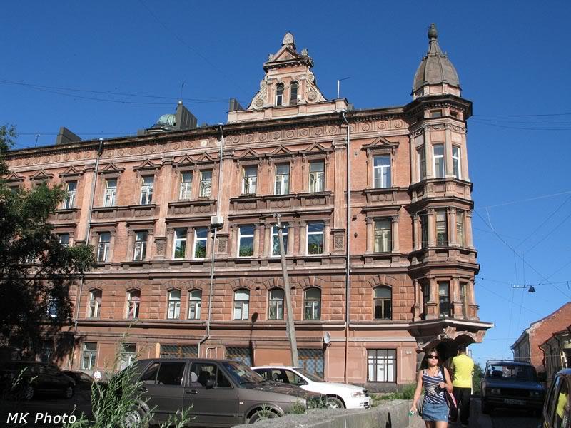 Очень красивое здание