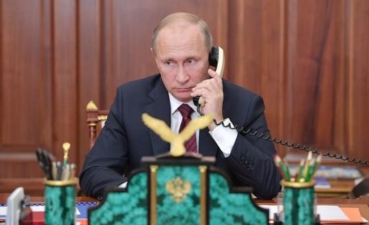 Владимир Путин провел телефонный разговор с Дональдом Трампом