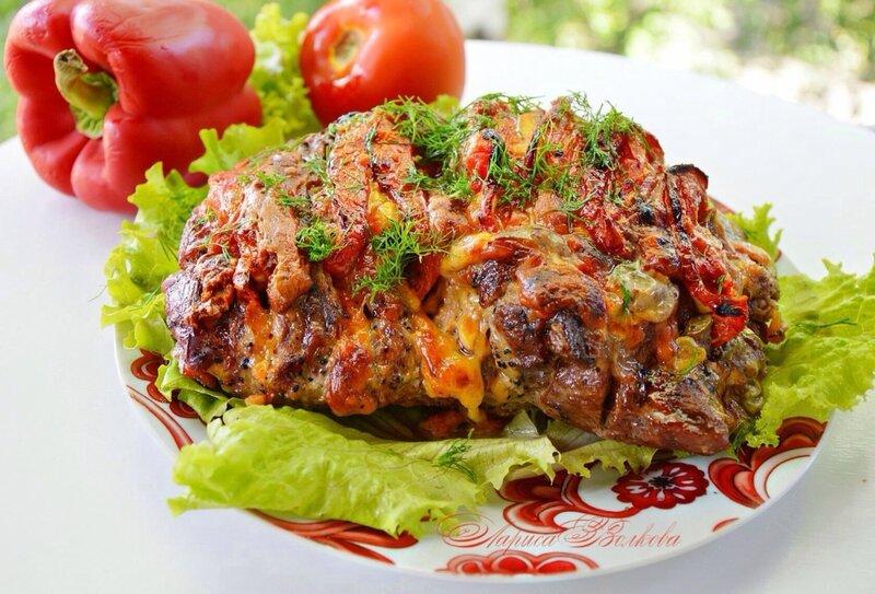 "Мясо ""Гармошка""  с помидорами и сыром"