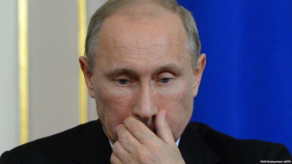 20170925-Поисковик Google указал Владимира Путина в числе офицеров СС-pic1