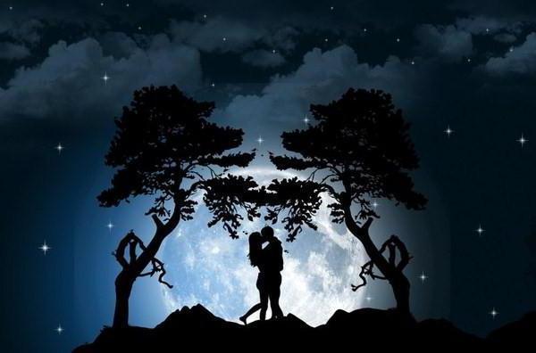 Поцелуй на фоне ночного неба открытки фото рисунки картинки поздравления