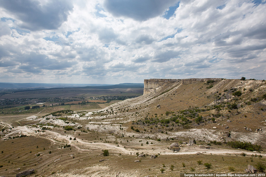 9. Виды, открывающиеся с Белой скалы.