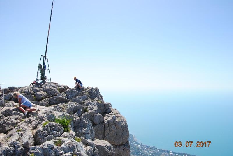 Общий пробег вышел порядка 6300 км, 2500+2500 и 1300 по Крыму, на ГСМ потратили 20 т. р Поездка в Се