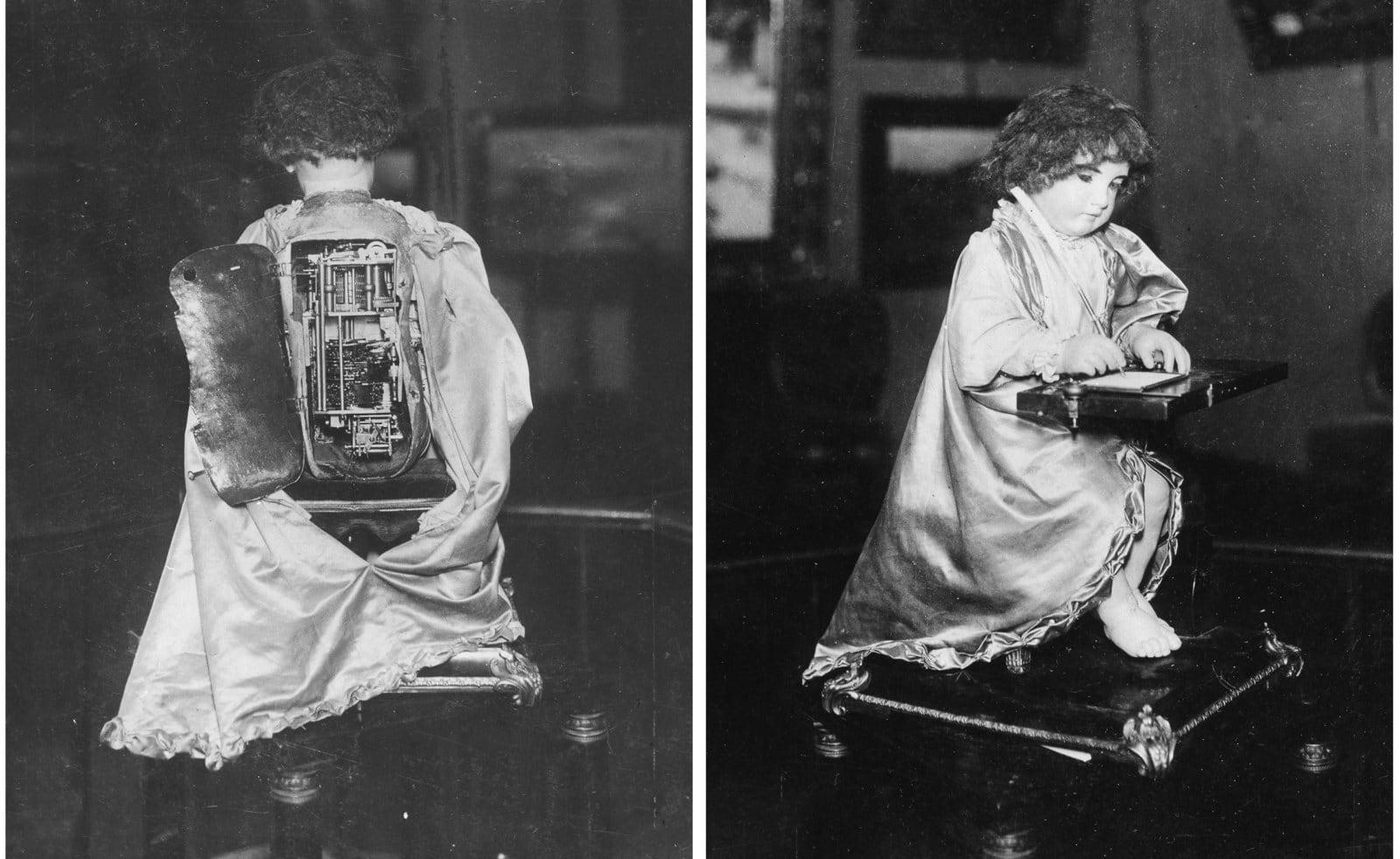 Уютненький портрет ребенка с Крампусом, около 1900 года.