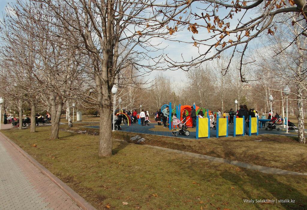 Детская площадка Парка Первого Президента.
