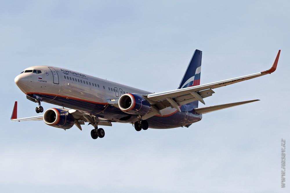 B-737_VP-BZA_Aeroflot_1_IKT.JPG