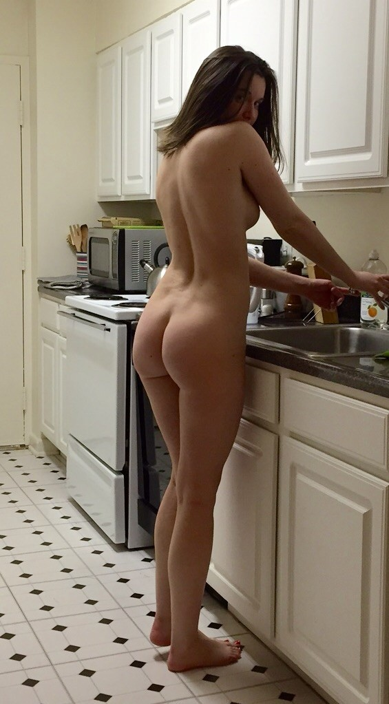 housewives-naked-ass