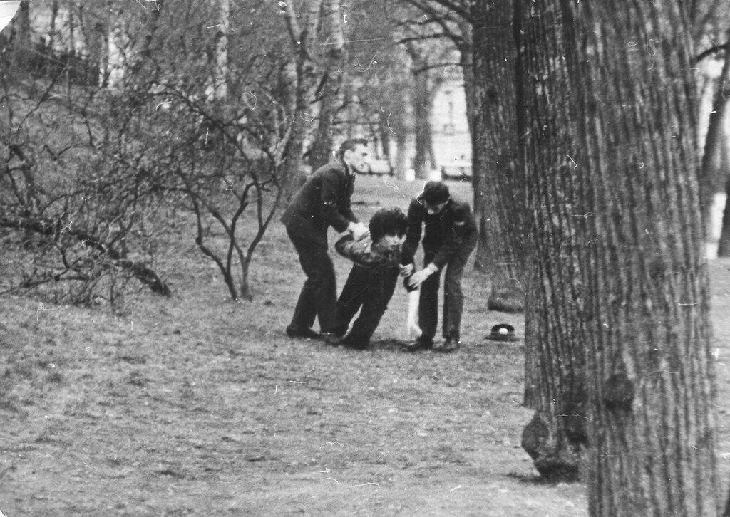 1980 из архива Вячеслава Капорина 1.jpg