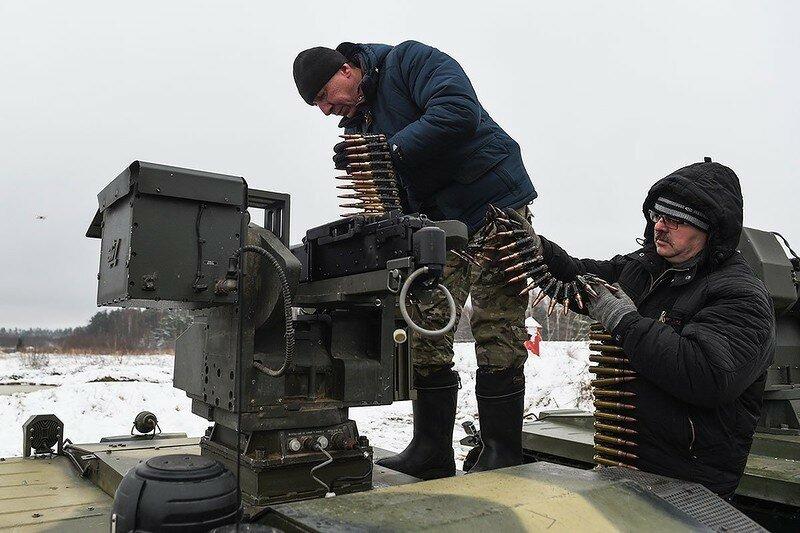 0 17f835 c78962cf XL - Нерехта - боевой робот Красной Армии