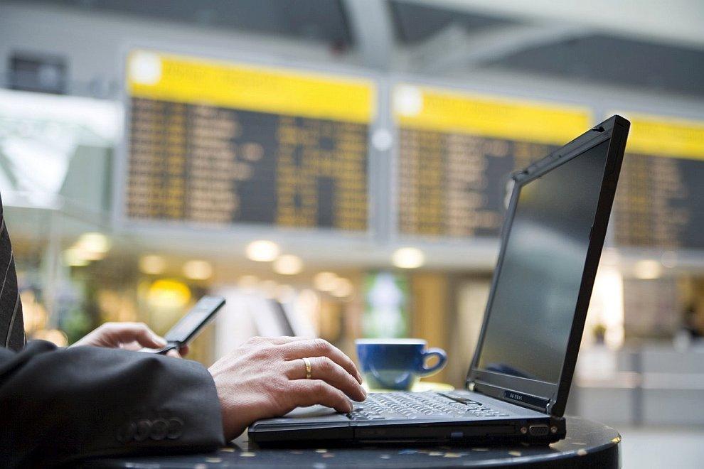 Авиакомпания BritishAirways сравнила перечень услуг в сравнении с дискаунтерами у себя на сайте. Кон