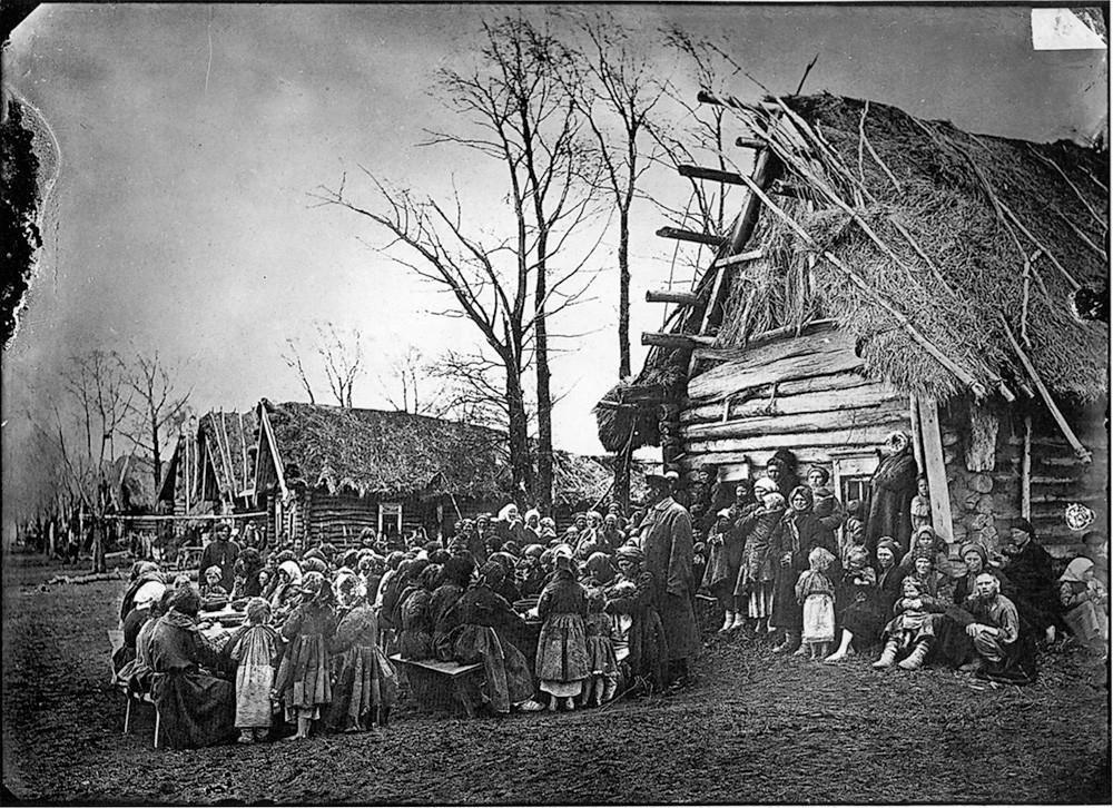 1. Народная столовая в деревне Пралевке Лукояновского уезда. 1891-1892 гг. Негатив 18×&n
