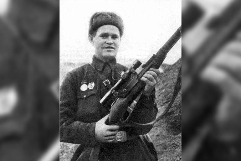 Василий Зайцев: «Перед нашей траншеей разорвалась осколочная бомба» (1 фото)