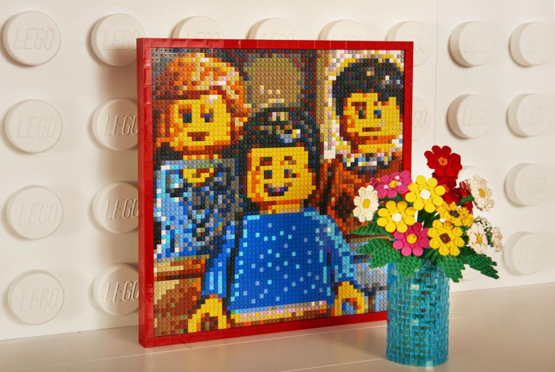 LEGO Bedroom – Sleep in a bedroom made entirely of LEGO!