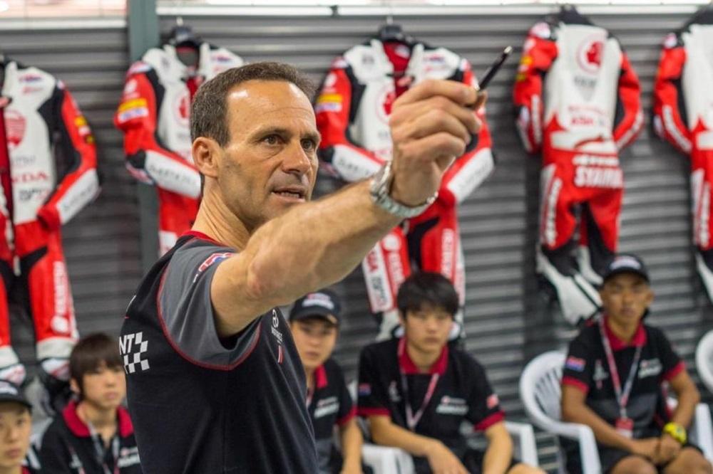 Альберто Пуиг - новый менеджер команды Honda Repsol