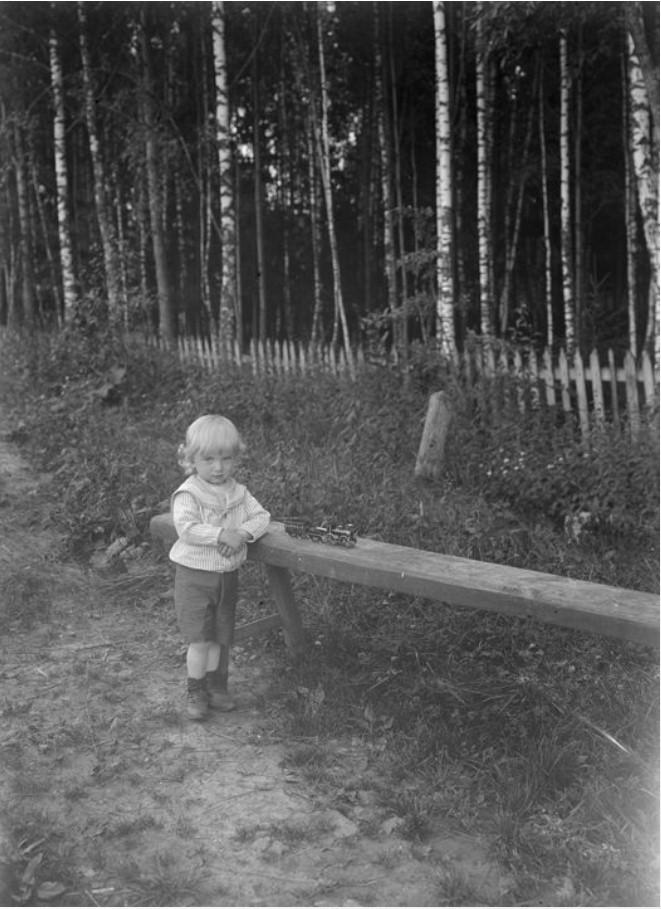 Г.В. Зевеке в возрасте 2-3 лет