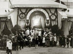Визит Николая II в Саровский монастырь. Отъезд четы Романовых в Саровский монастырь