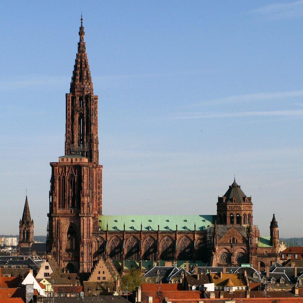 Strasbourg_Cathedral_(cropped).jpg