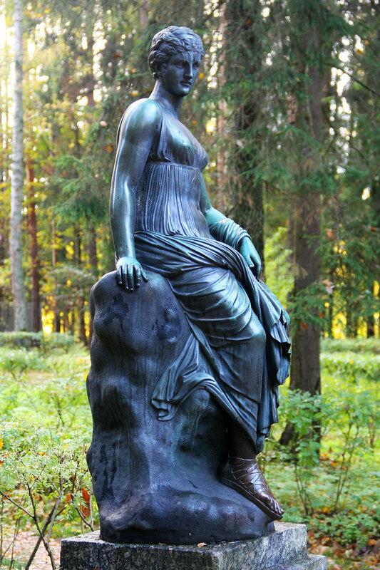 Статуя Эвтерпа в Павловском парке