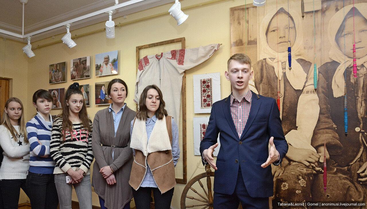 Выставка Табе, маці, верацён кругаль, а мне, маці, палацён кубел. Гомель
