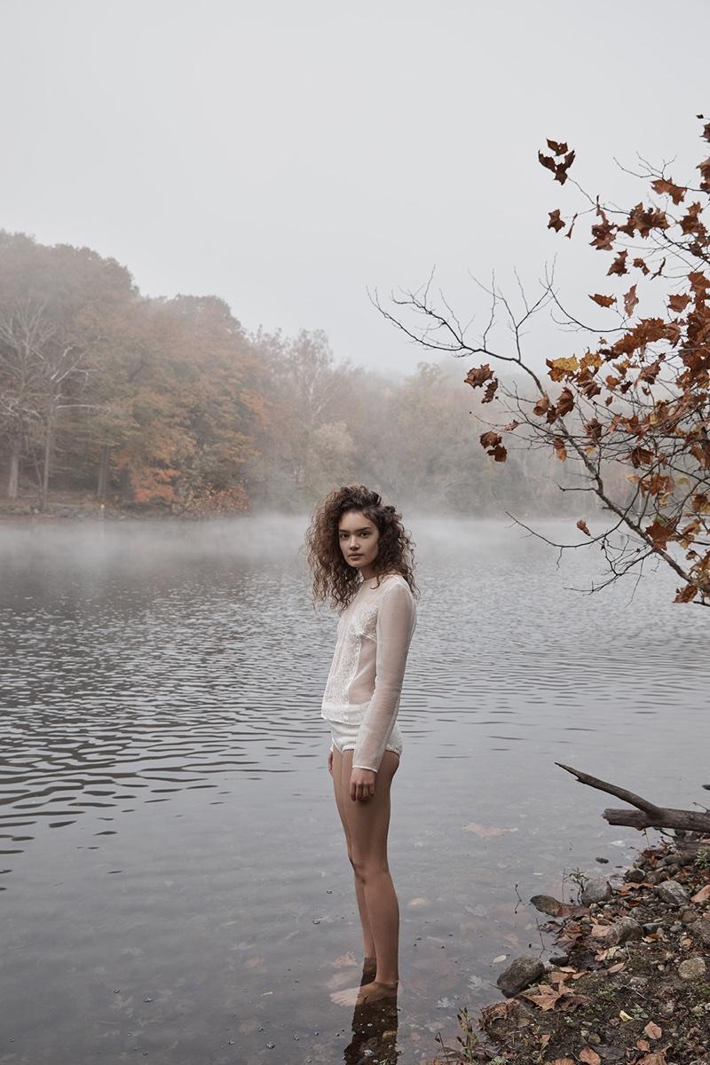 Саша Кичигина в Summerwinter Homme Magazine