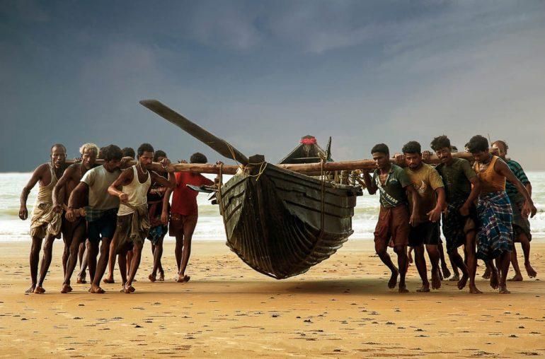 Притча о тяжелой лодке (1 фото)