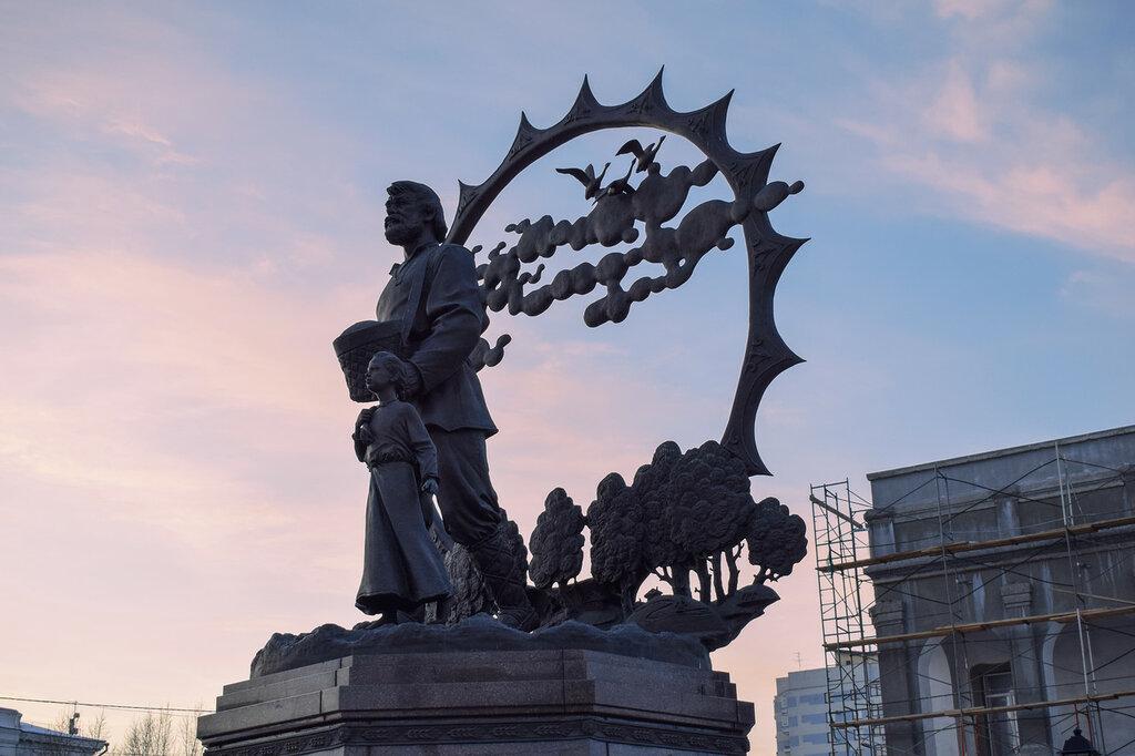 Памятники барнаула фото и описание