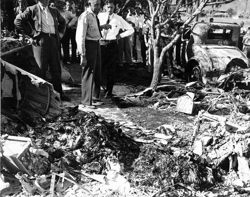 Катастрофа  Northrop A-17A с  генерал-майором  Оскаром Вестовером.