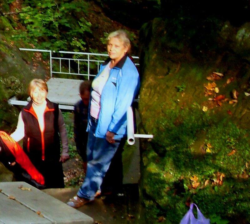 Нина Левада, октябрь 2009, Горячий Ключ и его окрестности, поездка на КСП (5).JPG