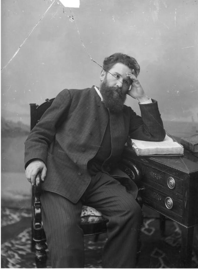 Портрет писателя В.Г. Короленко