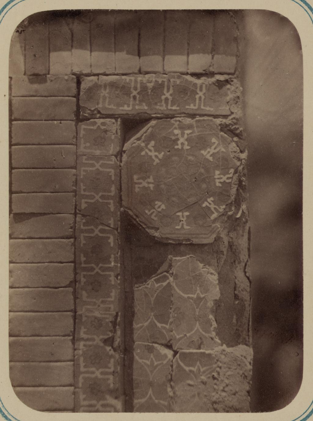 Мавзолей эмира Ассада. Капитель колонны