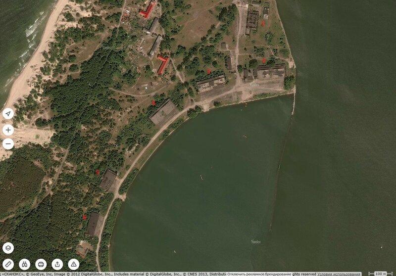 Балтийск - ангары сверху 2.jpg
