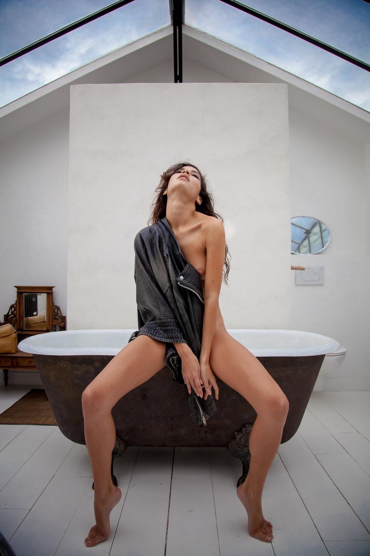 Сексуальные девушки на снимках Ким Акрич