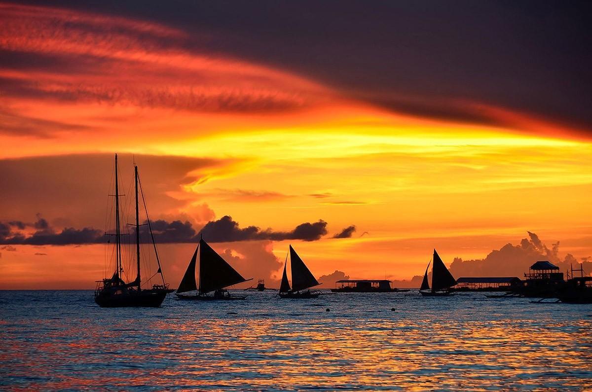 9. Кроме того, на острове вы сможете купить туры на соседние острова, дайв-курсы, полеты на парашюти