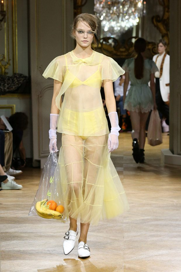 #PFW: JOHN GALLIANO Spring Summer 2018 Womenswear Collection