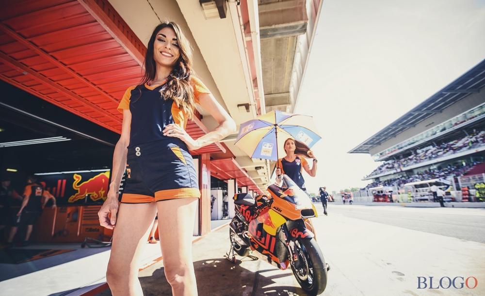 Девушки паддока Гран При Каталонии 2017